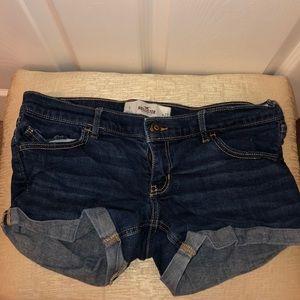 Hollister Rinse Wash Low Waist Jean Shorts